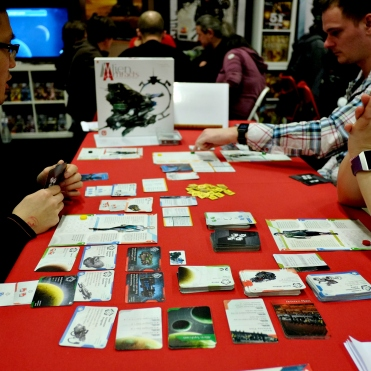 Another one of the recent hits from the Polish publisher, Alien Artifacts. A 4x cardgame!