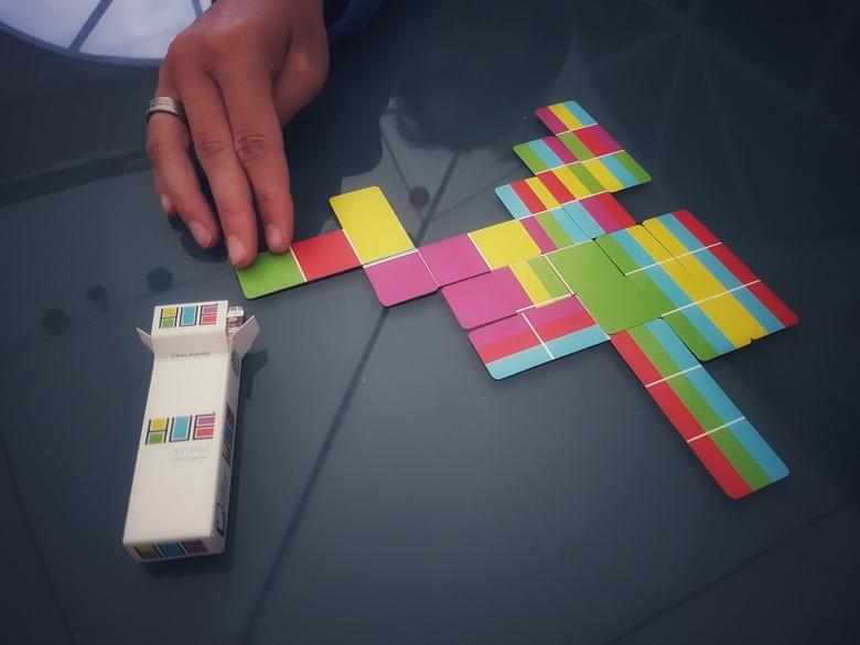 HUE packogames card game