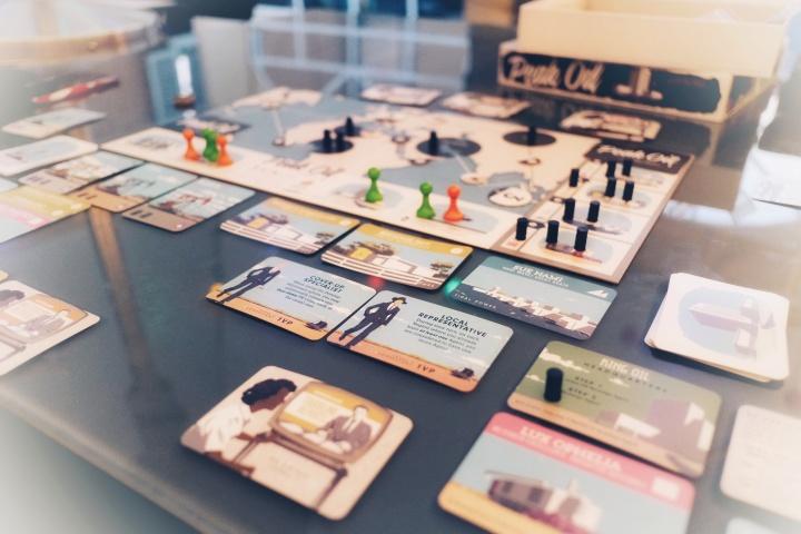 Peak Oil board game