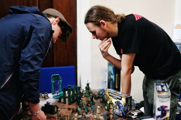 Games Workshop demo's and workshops building miniatures