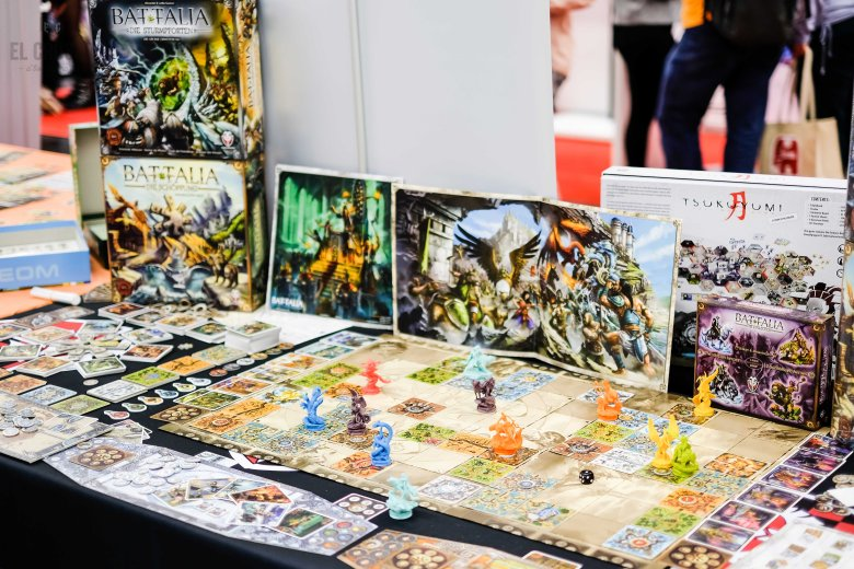 Spiel 2018 Battalia and expansions by Fantasmagoria