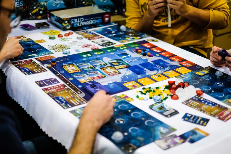 Spiel 2018 Underwater Cities by Delicious Games and Vladimir Suchy
