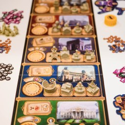Spiel 2018 Victorian Masterminds by CMON Games pieces