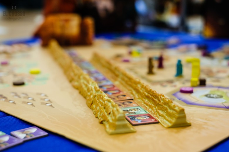 Spiel 2018 Passing through Petra by Renegade Games Studio the middle