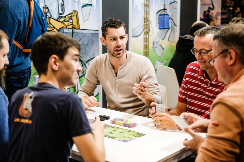 Spiel 2018 The Estates by Capstone Games