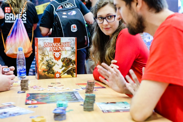 Spiel 2018 Monolith Arena by Portal Games red